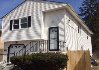 Foreclosed Home in Huntington 11743 JUANITA AVE - Property ID: 4319783680