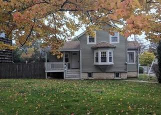 Foreclosed Home in Baldwin 11510 MILBURN AVE - Property ID: 4319793305