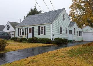 Foreclosed Home in Pawtucket 02861 LINDESTA RD - Property ID: 4319851560