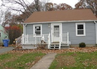 Foreclosed Home in Manchester 06042 HILLIARD ST - Property ID: 4319916826