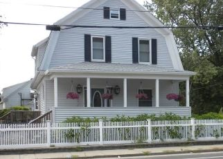 Foreclosed Home in North Providence 02911 FRUIT HILL AVE - Property ID: 4319935654