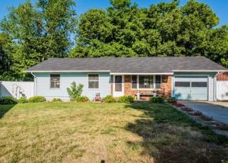 Foreclosed Home in Vincennes 47591 DAILEY AVE - Property ID: 4320043393
