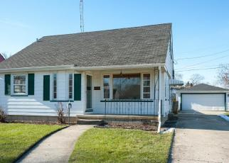 Foreclosed Home in Kenosha 53142 32ND AVE - Property ID: 4320192301