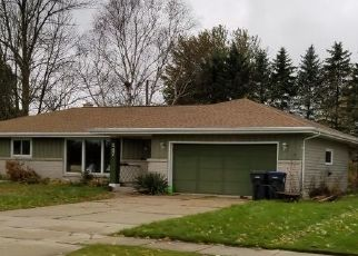 Foreclosed Home in Cedar Grove 53013 S 5TH ST - Property ID: 4320202375