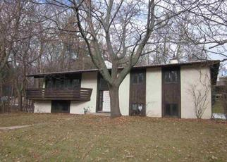 Foreclosed Home in Green Bay 54302 BUTTE CT - Property ID: 4320218136