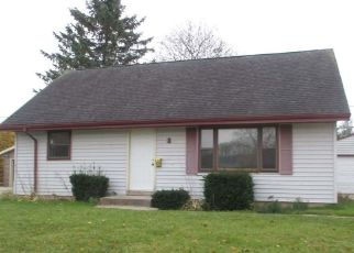 Foreclosed Home in Sheboygan Falls 53085 SHELLY DR - Property ID: 4320222521