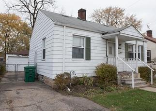 Foreclosed Home in Garden City 48135 BARTON ST - Property ID: 4320281654