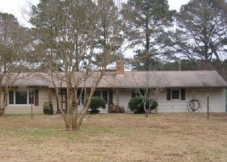 Foreclosed Home in Deltaville 23043 FISHING BAY RD - Property ID: 4320336849