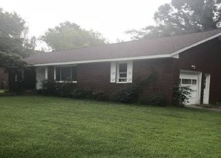 Foreclosed Home in Suffolk 23435 FRAZIER AVE - Property ID: 4320356547