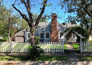 Foreclosed Home in Brownwood 76801 VINCENT ST - Property ID: 4320483107