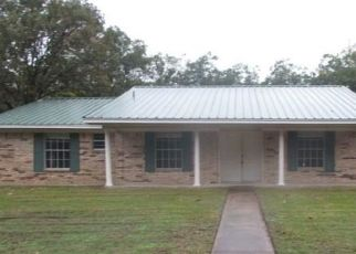 Foreclosed Home in Sulphur Springs 75482 HIGHLAND DR - Property ID: 4320484428