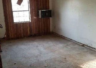 Foreclosed Home in Houston 77016 SPOTTSWOOD DR - Property ID: 4320488370