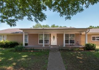 Foreclosed Home in Kilgore 75662 BIRDSONG ST - Property ID: 4320519923