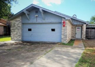 Foreclosed Home in Victoria 77904 VERSAILLES ST - Property ID: 4320521662