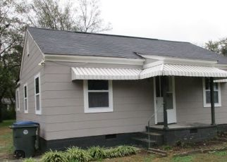 Foreclosed Home in Chattanooga 37415 BIRMINGHAM DR - Property ID: 4320540492