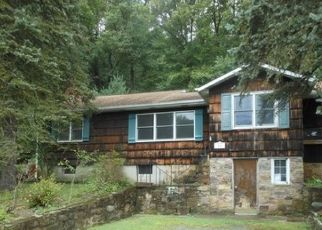 Foreclosed Home in Denville 07834 PARKS RD - Property ID: 4320582539