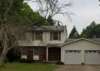 Foreclosed Home in Clinton 44216 GRILL RD - Property ID: 4320593488