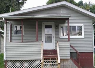 Foreclosed Home in Lakemore 44250 SHORT ST - Property ID: 4320594811