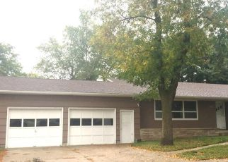 Foreclosed Home in Watertown 57201 3RD ST NW - Property ID: 4320630720
