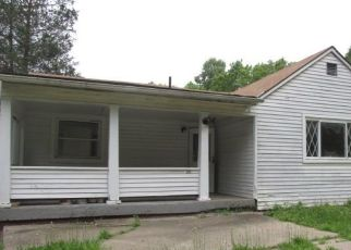 Foreclosed Home in Belle Vernon 15012 SALEM CHURCH RD - Property ID: 4320906646