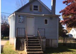 Foreclosed Home in Trenton 08638 6TH ST - Property ID: 4320909258