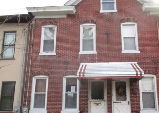 Foreclosed Home in Trenton 08638 CHERRY ST - Property ID: 4320934677