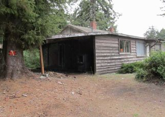 Foreclosed Home in Coos Bay 97420 TARHEEL LN - Property ID: 4320977596