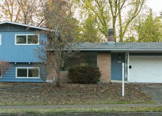 Foreclosed Home in Eugene 97405 DONALD ST - Property ID: 4320989414