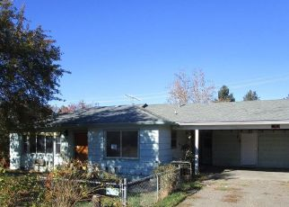 Foreclosed Home in Central Point 97502 CHERRY ST - Property ID: 4321000362