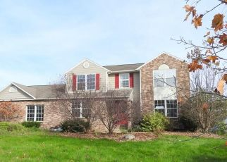 Foreclosed Home in Cicero 13039 HONEYCOMB PATH - Property ID: 4321023578