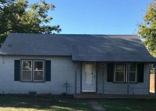 Foreclosed Home in Sayre 73662 N 5TH ST - Property ID: 4321036724