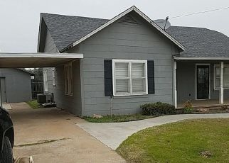 Foreclosed Home in Cyril 73029 W NEBRASKA - Property ID: 4321047221