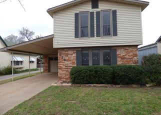 Foreclosed Home in Mangum 73554 S ROBINSON AVE - Property ID: 4321049868
