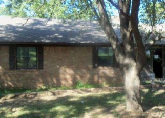 Foreclosed Home in Duncan 73533 W SEMINOLE RD - Property ID: 4321057301