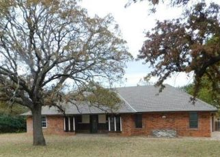 Foreclosed Home in Edmond 73034 ATCHLEY DR - Property ID: 4321059944
