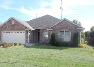 Foreclosed Home in Choctaw 73020 TIMBERDALE DR - Property ID: 4321064752