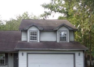 Foreclosed Home in Kingsland 31548 ROYAL ACRES CIR - Property ID: 4321070441
