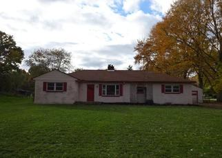 Foreclosed Home in Olmsted Falls 44138 COLUMBIA RD - Property ID: 4321158475