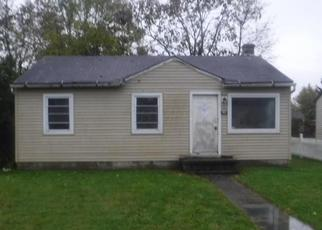 Foreclosed Home in Columbus 43207 BASSWOOD RD - Property ID: 4321161543