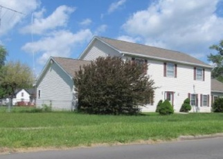 Foreclosed Home in Pontiac 48341 FRANKLIN RD - Property ID: 4321200969