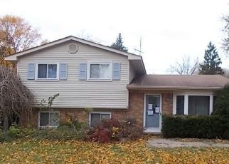 Foreclosed Home in Waterford 48329 DENBY DR - Property ID: 4321202720
