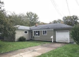 Foreclosed Home in Buffalo 14224 WILLOWDALE DR - Property ID: 4321258780