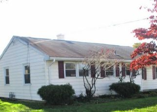 Foreclosed Home in Clayton 08312 COSTILL AVE - Property ID: 4321310900