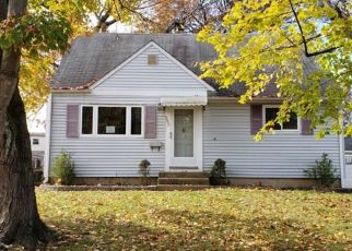 Foreclosed Home in Trenton 08619 REGINA AVE - Property ID: 4321323142