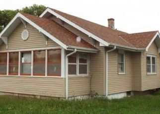 Foreclosed Home in Hastings 68901 N WEBSTER AVE - Property ID: 4321379204