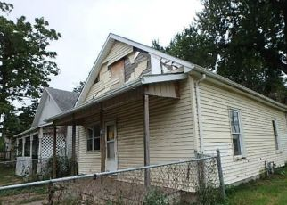 Foreclosed Home in Omaha 68111 N 28TH ST - Property ID: 4321387985