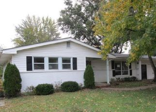 Foreclosed Home in Saint Charles 63301 W ADAMS ST - Property ID: 4321439659