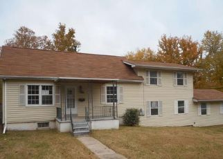 Foreclosed Home in Saint Charles 63301 TRANSIT ST - Property ID: 4321449282