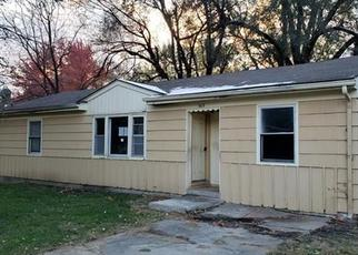 Foreclosed Home in Lees Summit 64063 SW MISSION RD - Property ID: 4321473826