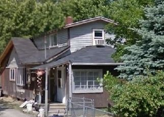 Foreclosed Home in Flint 48504 THORNTON AVE - Property ID: 4321568416
